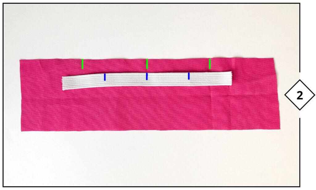 Gummiband in 4 Teile aufteilen und markieren